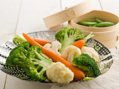 steaming-vegetables-456_240x180