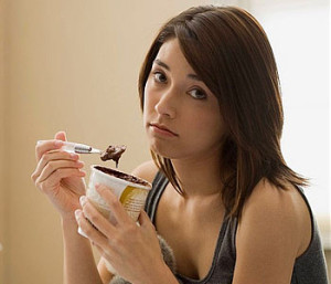 woman-eating-ice-cream