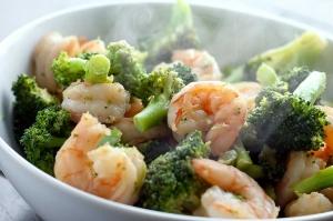 ginger-shrimp-and-broccoli-stir-fry