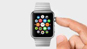 Wearables-vs.-Fitness-Trackers-Who-Will-Win