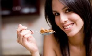 girl eating slowly